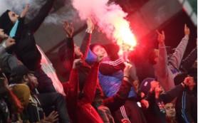 Попавший в Акинфеева файером черногорский фанат извинился перед вратарем