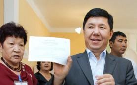 Премьер Киргизии запретил привлекать школьников к официальным встречам