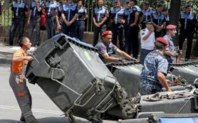 В Ереване началась новая акция протеста