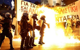 Греческие законодатели согласились на меры жесткой экономии