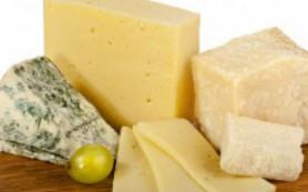 Диетологи из Италии советуют после болезни есть сыр не менее 3-4 раз в неделю