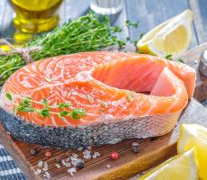 Россия ограничит поставки селедки, скумбрии и лосося из Исландии
