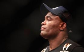 Бразильский боец ММА Андерсон Силва дисквалифицирован за допинг на один го
