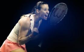 Теннисистка Пеннетта обыграла Радваньскую в матче итогового турнира WTA