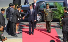 Медведев завершил азиатское турне визитом в Камбоджу