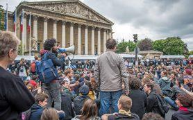 Во Франции прошел «вторник гнева» против трудовой реформы