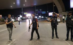 Полиция задержала 13 человек в связи с терактом в Стамбуле