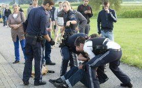 В Австрии мужчина с ножом напал на пассажиров поезда