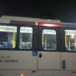 Два человека пострадали в результате нападения на автобус с журналистами на ОИ