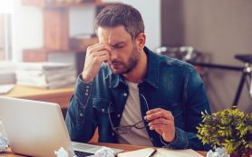 Работа на дому может быть связана с бессонницей, депрессией и стрессом