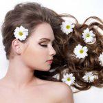 Причины выпадения волос у девушек