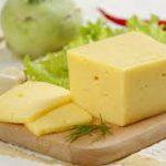 Россия запретила поставки некоторых видов сыра из Белоруссии