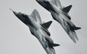 В США сравнили российский истребитель Т-50 с американским Raptor