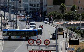 В Марселе в результате наезда на остановку погибла женщина