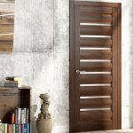 Выбор дверей: от изящной роскоши до лаконичной сдержанности