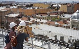 В Петербурге открыли официальную экскурсию по крышам