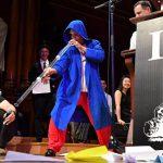 Жидкие коты и лечение храпа: в Гарварде вручили Шнобелевскую премию