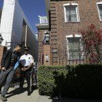 Посольство РФ опубликовало фото взлома генконсульства спецслужбами США