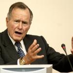 Джорджа Буша-старшего обвинили в домогательствах