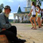 Россияне определили порог собственной бедности