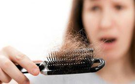 Какой врач поможет, когда выпадают волосы? Почему выпадают волосы?