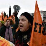 Туристы в Греции и Аргентине могут столкнуться с трудностями