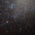Снимок: «Хаббл» наблюдает хаотичную коллекцию звезд