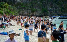 Потерянный рай: 7 мест, которые погубили туристы
