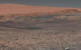 Поверхность Марса затвердевала быстрее, чем считалось, выяснили ученые