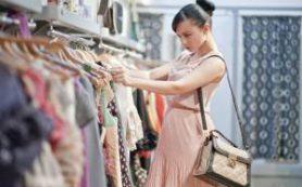 В магазинах Испании могут ввести плату за примерку одежды