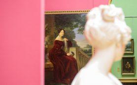 Выставка картин из коллекции Лидии Руслановой стала сенсацией