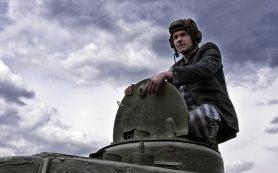 Фильм «Т-34»: атаки в соцсетях и аплодисменты в кинозалах