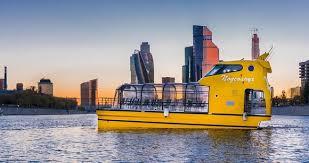 Новые речные трамвайчики начали курсировать по Москва-реке