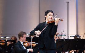 На Конкурсе Чайковского продолжается финал у скрипачей