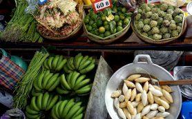 В Таиланде в овощах и фруктах обнаружены пестициды. Как избежать отравления?