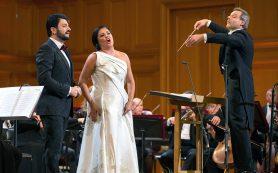 Друзья и коллеги Хворостовского дали благотворительный концерт в Москве