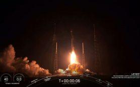 Ракета Falcon 9 выводит на орбиту массивный спутник связи