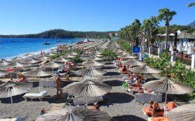 Несмотря ни на что, россияне ждут лета и покупают путевки к морю