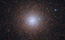Хаббл ловит «космические снежинки» в NGC 6441