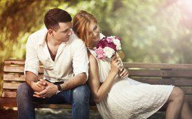 Какие проявления любви важны для женщины в семейной жизни