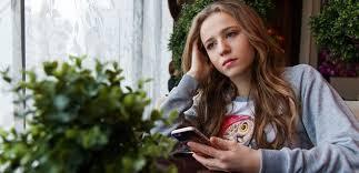 Часами сидите в соцсетях? Возможно, скоро вам придется лечиться от депрессии