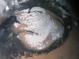 Расшифровка возраста льда на северном полюсе Марса