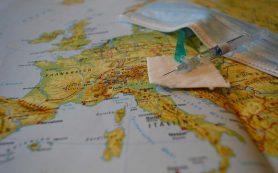 Еще три страны Европы решили отказаться от карантина для вакцинированных туристов