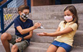 Число случаев повреждений глаз спиртосодержащими антисептиками у детей возросло в семь раз во Франции