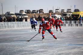Команда Вячеслава Фетисова выиграла хоккейный матч на Байкале