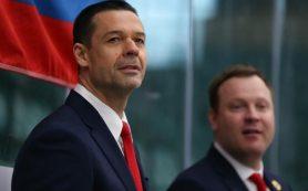 Тренер остался доволен игрой российских хоккеистов в полуфинале ЮЧМ