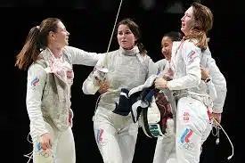 Российские рапиристки вышли в финал командного турнира на Олимпиаде