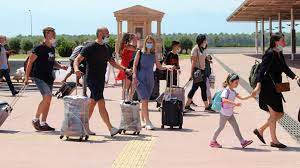 Названо самое популярное направление для летнего отдыха у россиян