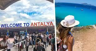 Стало известно, сколько россиян отдохнули в Анталии в 2021 году
