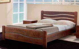 Как выбрать и где можно выгодно приобрести кровать в спальню из дерева